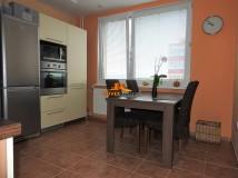 Predaj, trojizbový byt Senica- kompletne prerobený a zariadený
