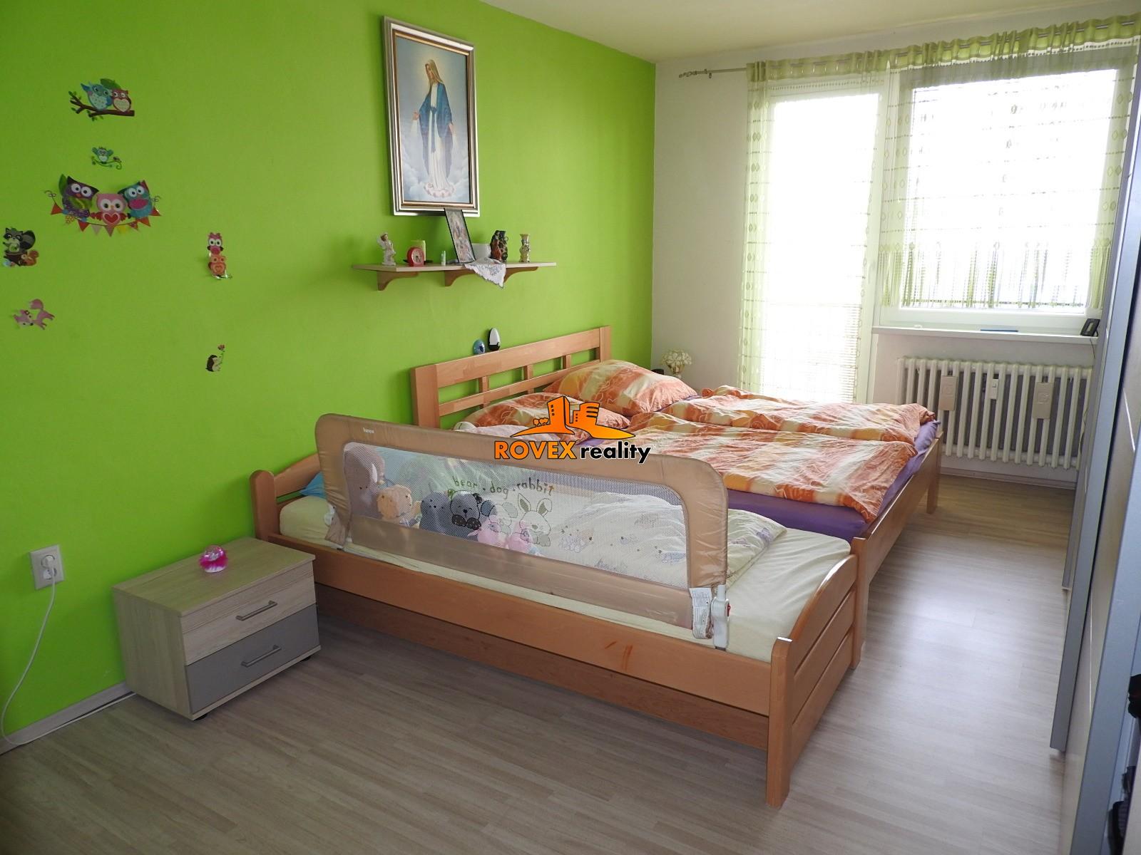 Dvojizbový byt Skalica - komplet rekonštrukcia, 2 balkóny