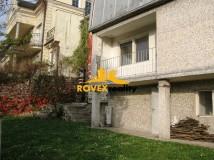 Rodinný dom pod Slavínom, Bratislava